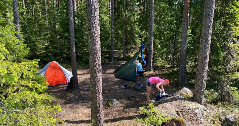 Setting a camp in Finnish national park